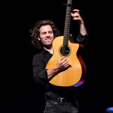 Weergaloos gitaarconcert van Mart Hillen